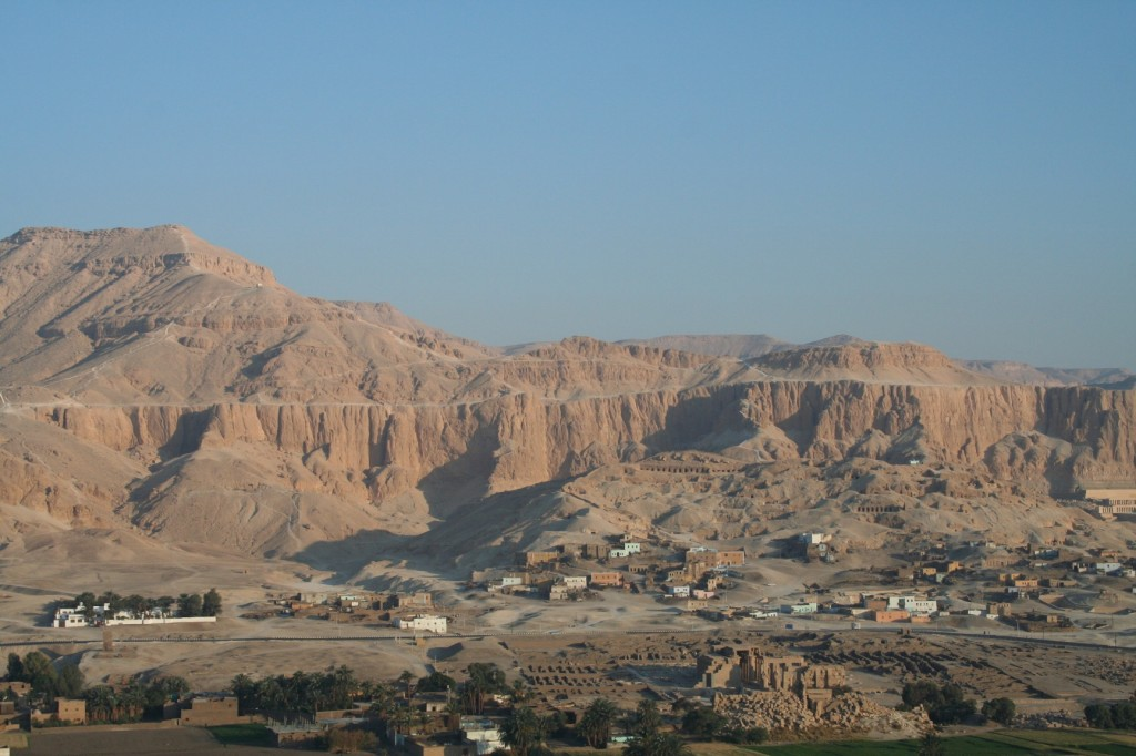Qurna-Egypt-arial-2006