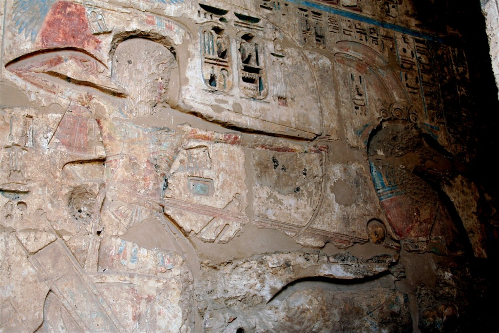 Medinet-Habu-chariot-slaughter-loop-general-Egypt